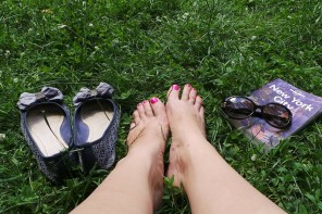 Home Pedicure Tips for Summer-Ready Feet