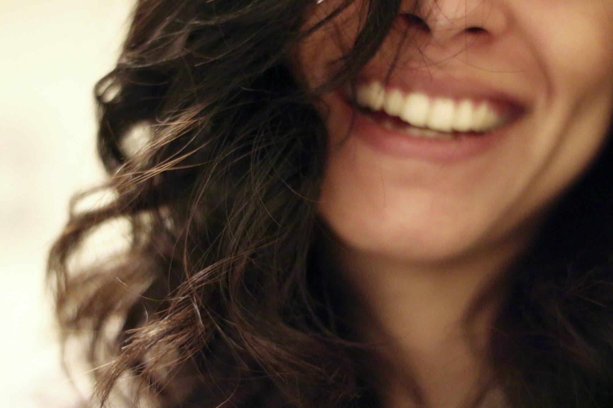 Blanchiment des dents naturel et sans cruauté
